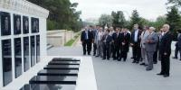 Participants of the 30th OANA Executive Board meeting visit the Alley of Martyrs