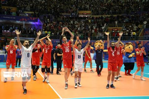 Iran beats Australia to inch closer to Volleyball Nations League finals