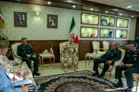 Iran, Iraq call for expansion of ties