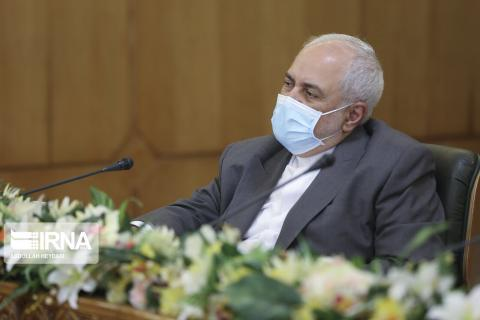 Zarif : US so desperate to show support for its anti-Iran struggles