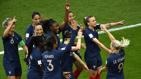 Women's World Cup: Hosts France reach last 8