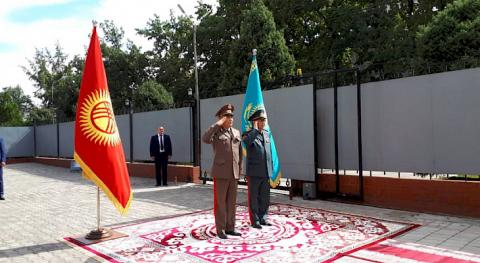 Military delegation of Kazakhstan arrives in Kyrgyzstan for official visit for the first time