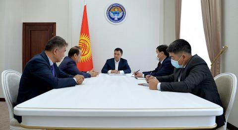 Acting President Zhaparov meets with CCTS Secretary General Amreyev