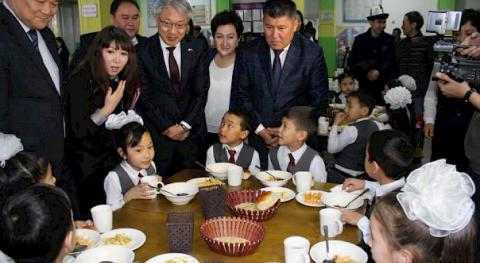 Japanese Embassy donates equipment to school canteens in southern Kyrgyzstan