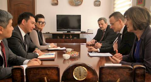 Cultural and tourism cooperation issues between Kyrgyzstan, Hungary discussed