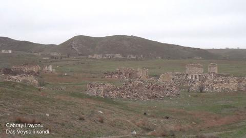 Azerbaijan's Defense Ministry releases video footages of Dash Veysalli village, Jabrayil district