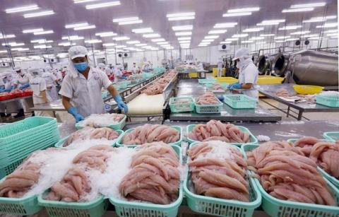 Vietnam's agro-forestry-fishery exports to US, EU hit by COVID-19