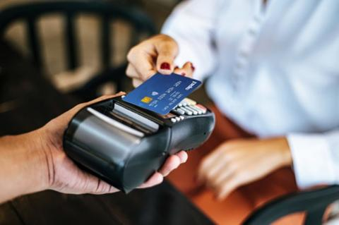 Vietnam sees surge in popularity of contactless payments