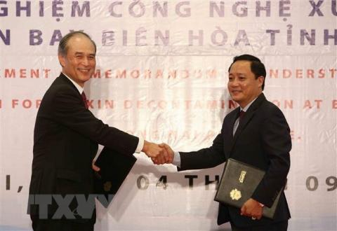 Dioxin treatment technology to be piloted at Bien Hoa airport