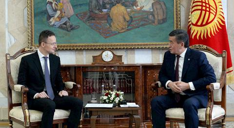 Jeenbekov, Hungarian FM discuss topical issues of bilateral cooperation