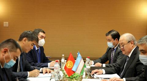 Foreign ministers of Kyrgyzstan, Uzbekistan debate co-op issues