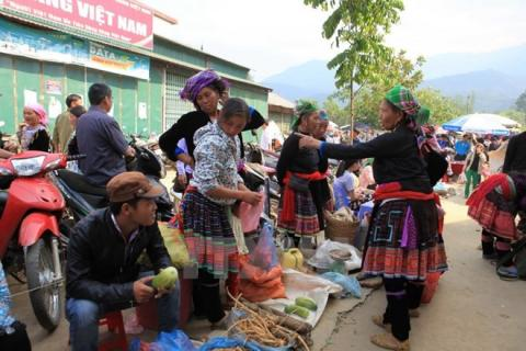 Vietnam: Lai Chau works to keep ethnic culture alive