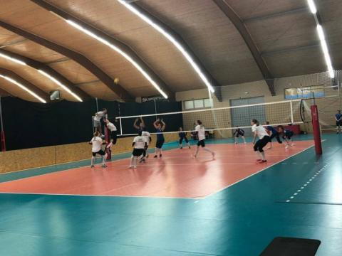Azerbaijani women volleyball players beat Slovakia in friendly