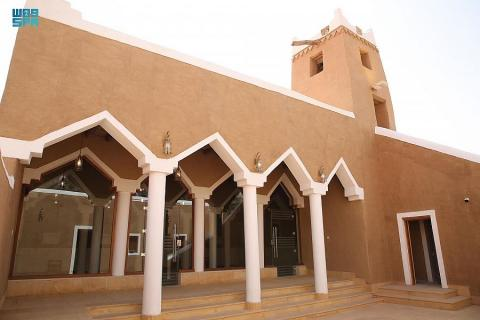 150-year-old Al-Mansaf Mosque Welcomes Worshipers after Renovation
