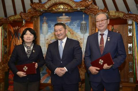 STATE PRIZE CONFERRED UPON HISTORICAL WORKS BY D.ULZIIBAATAR AND TS.SANCHIR