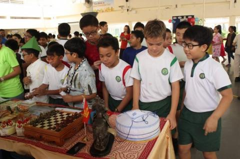 EMBASSY IN SINGAPORE INTRODUCES MONGOLIA TO SINGAPOREAN STUDENTS