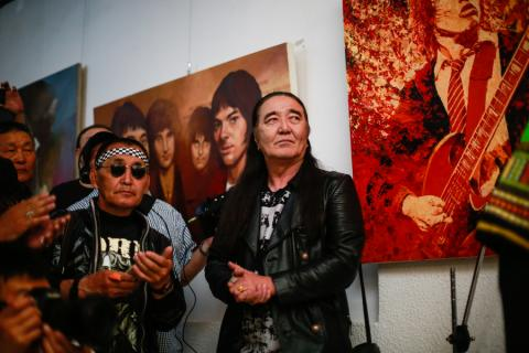 LEGENDARY ROCK STARS DEPICTED ON CANVAS