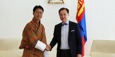MONGOLIAN AND BHUTANESE FOREIGN MINISTERS TALK ON EXPANDING COOPERATION
