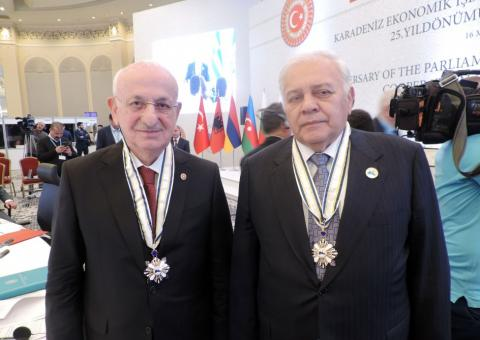 PABSEC awards Azerbaijani and Turkish parliament speakers