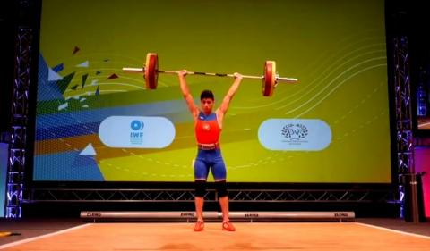 Azerbaijani weightlifter claims European gold in Italy