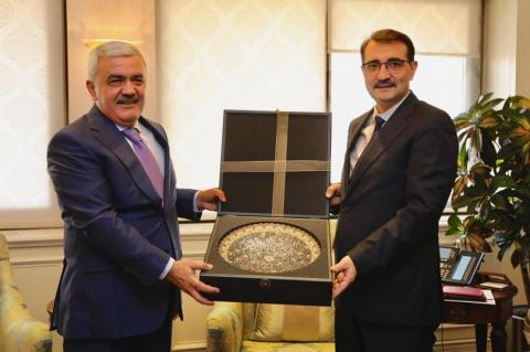 SOCAR president meets with Turkish energy and natural resources minister