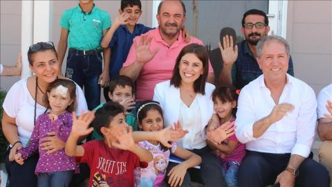 Award-winning Turkish teacher vows to protect children