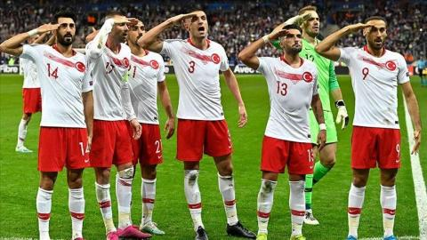 UEFA holds inquiry on Turkish players' soldier salute