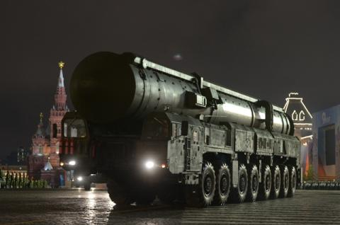 Russia to Roll Out Hypersonic Missile for the First Time During V-Day Parade