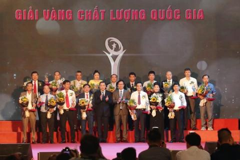 Vietnamese national quality awards presented to 75 businesses