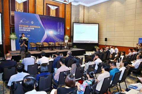 Vietnam, Australia step up ICT training cooperation