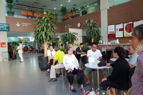 Vietnam faces shortage of qualified geriatric nurses
