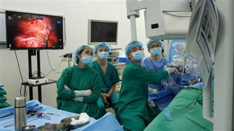 Vietnam has first-ever robot-assisted kidney removal surgery