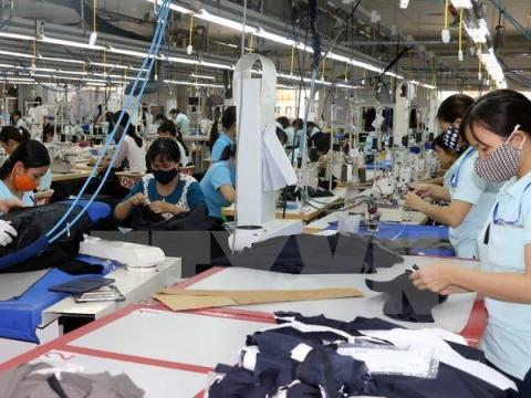 Impacts of US-China trade war on Vietnam's garment, footwear industries